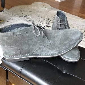 NWOT Steve Madden suede shoes
